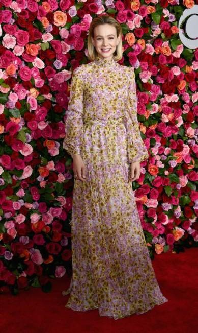 Carey Mulligan, de Giambattista Valli Dimitrios Kambouris / Getty Images for Tony Awards Productions