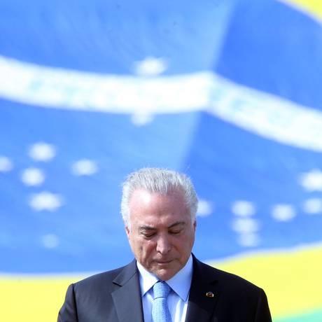 O presidente Michel Temer participa de cerimônia do Dia da Marinha Foto: Givaldo Barbosa / Agência O Globo