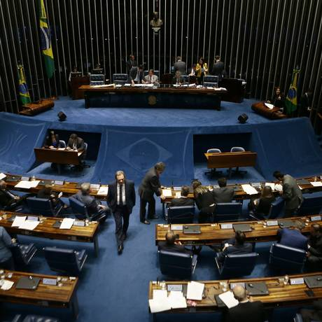 Plenário do Senado, durante votação do projeto de reoneração da folha Foto: Jorge William/Agência O Globo/29-05-2018