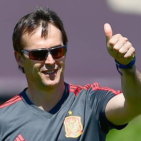 Julen Lopetegui será o técnico do Real Madrid na próxima temporada Foto: PIERRE-PHILIPPE MARCOU / AFP