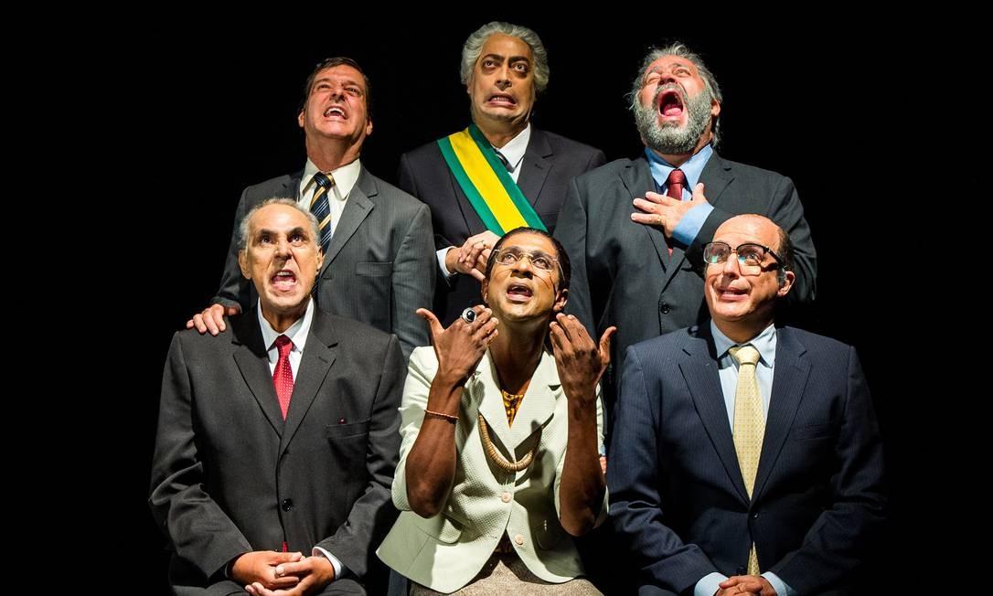 """Atores do """"Zorra"""" fizeram paródia e interpretaram os prováveis presidenciáveis num esquete exibido em abril Foto: Raquel Cunha / Divulgação/TV Globo"""