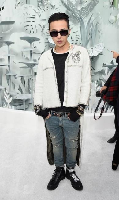 G-Dragon no desfile couture verão 2015 Pascal Le Segretain / Getty Images