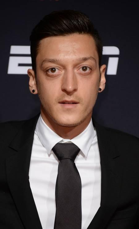 """O alemão Mesut Özil tem até uma marca de roupa: """"Moda é minha paixão"""", escreveu ele no site de sua grife Foto: Anthony Harvey / Getty Images for BT Sport Industry Awards"""