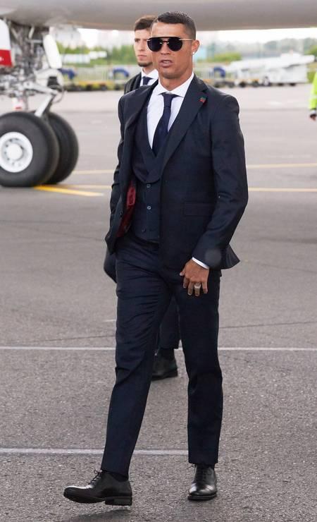 O português Cristiano Ronaldo tem seu próprio negócio na indústria da moda e já foi garoto-propaganda dos jeans e cuecas da Armani Foto: Oleg Nikishin / Getty Images