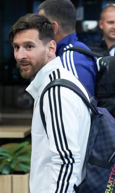 O argentino Lionel Messi é queridinho da Dolce & Gabbana, para a qual estrelou até campanha de underwear Oleg Nikishin / Getty Images