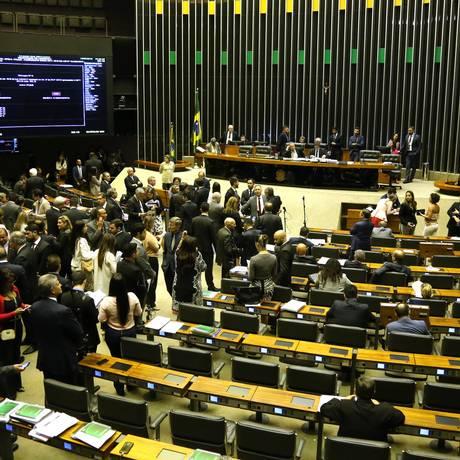 Plenário da Câmara durante sessão Foto: Givaldo Barbosa / Agência O Globo