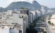 Imóveis na Avendia Atlântica, em Copacabana, na Zona Sul Foto: Márcio Alves / Agência O Globo