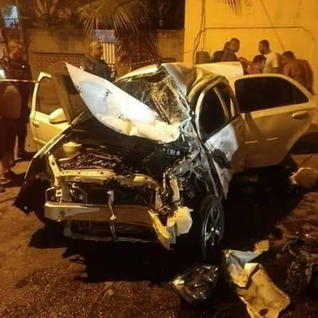 Um dos carros envolvidos no acidente no Jardim Primavera Foto: Reprodução/Internet