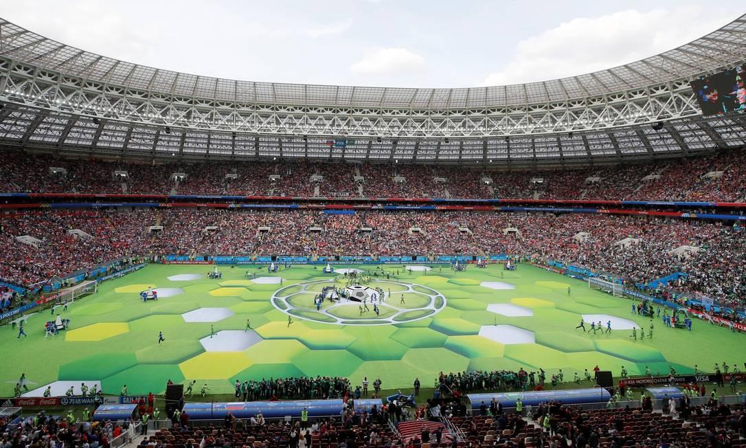 Mais uma imagem geral do estádio durante a cerimônia de abertura MAXIM SHEMETOV / REUTERS