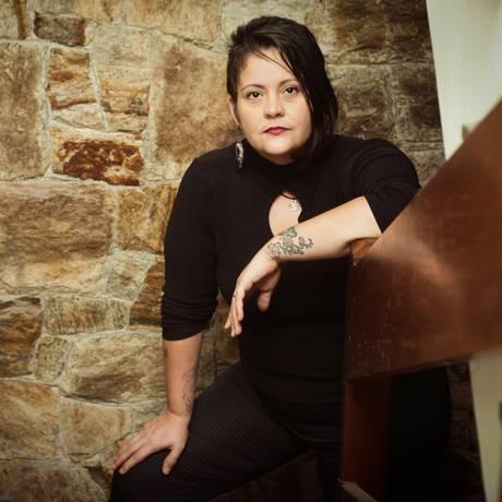 A fotógrafa Ly Pucca, submetida a uma laqueadura após o parto: 'Só consenti porque estava nas mãos deles' Foto: Agência O Globo