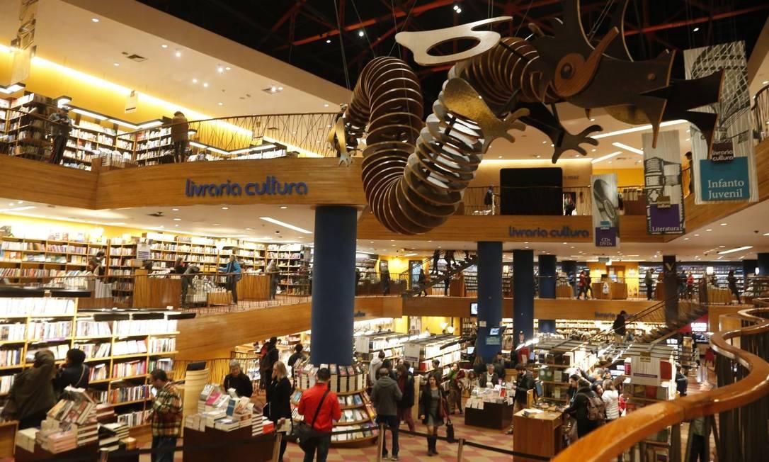 Relação de dependência. Grandes livrarias, como a Cultura, representam atualmente até 50% do total do faturamento de pequenas e médias editoras Foto: Marcos Alves / Marcos Alves/19-7-2017