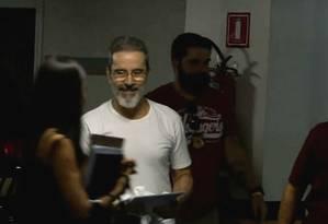 Ex-senador Luiz Estevão chega para depoimento na 10ª Vara Federal, em Brasília Foto: Reprodução TV