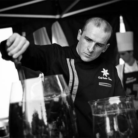 O chef Octavio Freitas é o convidado de Marina Leite para o penúltimo jantar desta temporada do Prove Portugal Foto: Divulgação