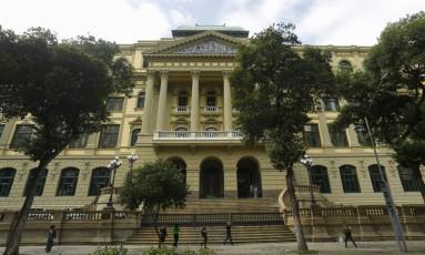 Biblioteca Nacional inaugura obra de recuperação da fachada. Foto: Gabriel de Paiva / Agência O Globo