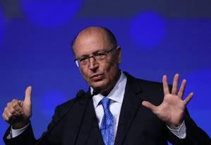 Geraldo Alckmin participa de evento com presidenciáveis em São Paulo Foto: Edilson Dantas / Agência O Globo