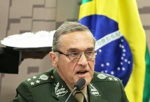 General Villas Boas, ex-comandante do Exército e atualmente assessor do Gabinete de Segurança Institucional Foto: Ailton de Freitas / Agência O Globo