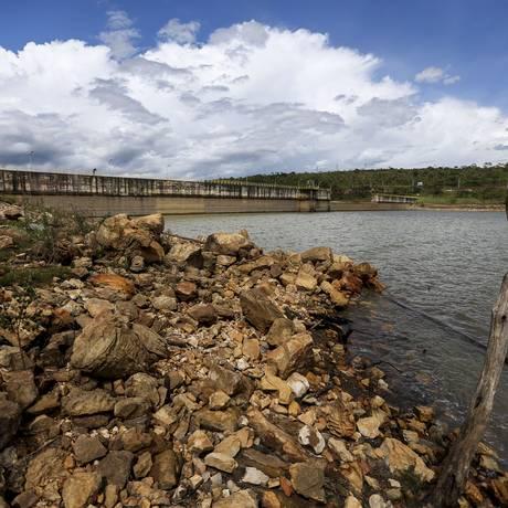 Barragem do Descoberto, que chegou a 38,7% do volume útil, segundo medição registrada nesta terça-feira Foto: Marcelo Camargo/Agência Brasil