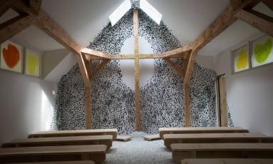 Capela criada pelo arquiteto japonês Terunobu Fujimori para a Bienal de Veneza Foto: NADIA SHIRA COHEN / NYT