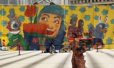 Mural com grafite em Nova York Foto: SPENCER PLATT / AFP