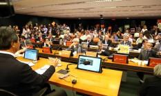 Comissão Especial da Câmara discute projeto que muda regulação de agrotóxicos Foto: Givaldo Barbosa / Agência O Globo