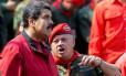 Em foto de 2016, Diosdado Cabello conversa com Maduro em evento público Foto: FEDERICO PARRA / AFP