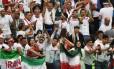 Torcedoras do Irã incentivam a seleção na Rússia Foto: PAUL ELLIS / PAUL ELLIS/AFP