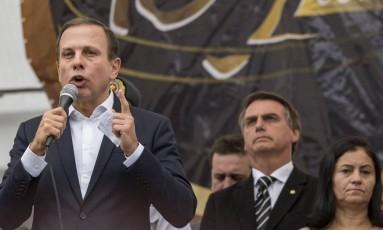O ex-prefeito de SP, João Doria, e o deputado federal Jair Bolsonaro Foto: CHELLO/FRAMEPHOTO