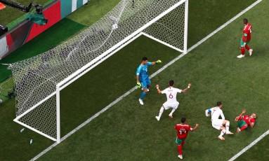 Cristiano Ronaldo garante vitória de Portugal Foto: CARL RECINE / REUTERS