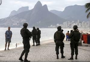 Forças Armadas fazem operação na Zona Sul do Rio Foto: Domingos Peixoto / Arquivo/Agência O Globo