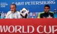 Tite e Thiago Silva durante coletiva de imprensa Foto: HENRY ROMERO / REUTERS