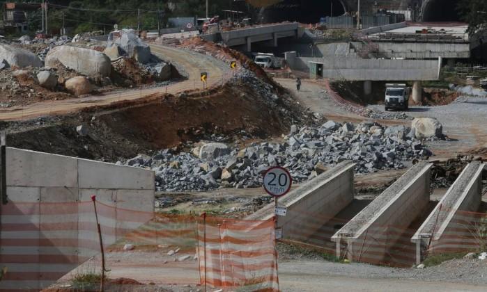 Obras de ampliação do trecho norte do Rodoanel, em 2016 Foto: Marcos Alves / Agência O Globo