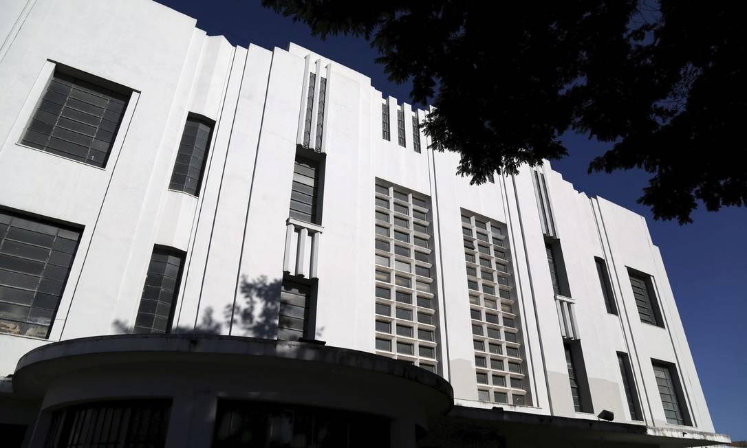 Outro símbolo do conjunto art déco da cidade é o reformado Teatro Goiânia, na Praça Cívica Foto: Custodio Coimbra / Agência O Globo