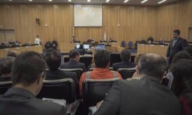 Plenario do Tribunal Superior do Trabalho, durante julgamento de ação trabalhista contra Petrobras Foto: Daniel Marenco / Agência O Globo