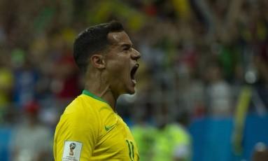 Philippe Coutinho comemora o primeiro gol do Brasil na Copa Foto: Alexandre Cassiano