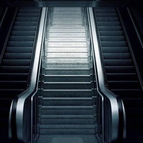 Passageira caiu em escada molhada em estação Foto: Arquivo