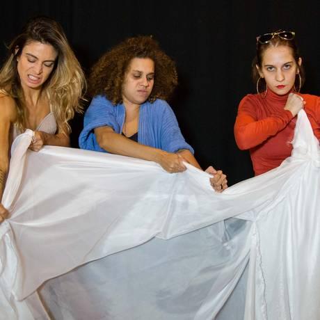 'Não adianta morrer': seis histórias no palco Foto: Divulgação