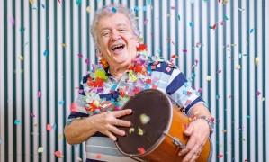 João Roberto Kelly, 80 anos celebrados no palco Foto: Marcos Michael / Marcos Michael