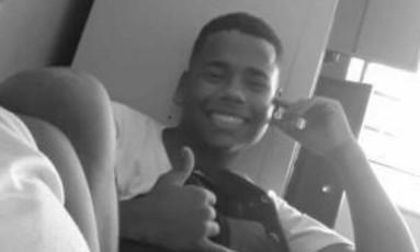 Adolescente morto na Vila Vintém, na Zona Oeste do Rio Foto: Reprodução