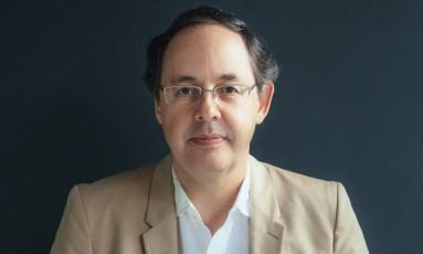 O economista e filósofo Eduardo Giannetti, que está lançando o livro 'O elogio do vira-lata e outros ensaios' Foto: Divulgação/Renato Parada