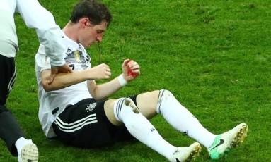 Rudy sangrou nariz após choque com jogador da Suécia Foto: HANNAH MCKAY / REUTERS