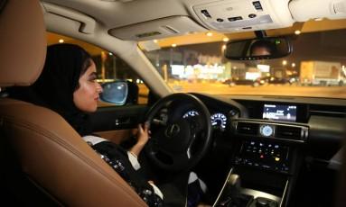 Majdooleen está entre as primeiras mulheres sauditas que dirigir um carro neste domingo, quando cai a proibição Foto: Sarah Dadouch / REUTERS