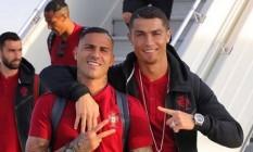 Cristiano Ronaldo, à direita, de barbicha Foto: Reprodução