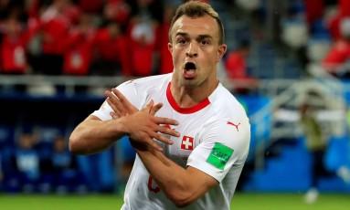 A Fifa poupou os suíços Granit Xhaka e Xherdan Shaqiri (foto) de uma possível punição pela forma como comemoraram seus gols na vitória sobre a Sérvia Foto: Gonzalo Fuentes / REUTERS