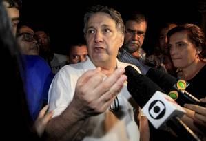 O ex-governador Anthony Garotinho deixa o complexo prisional de Bangu Foto: Uanderson Fernandes/Agência O Globo/21-12-2017