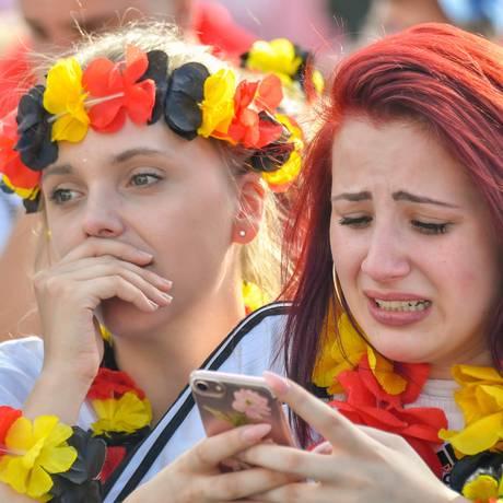 Torcedores se desesperaram com o fim do jogo e eliminação decretada da Alemanha Foto: JOHN MACDOUGALL / AFP