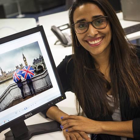 """Renata vai para Londres estudar inglês durante as férias: """"esse tempo vai me ajudar no desenvolvimento da minha carreira, tanto no trabalho quanto na minha pesquisa de doutorado"""" Foto: Guito Moreto / Agência O Globo"""