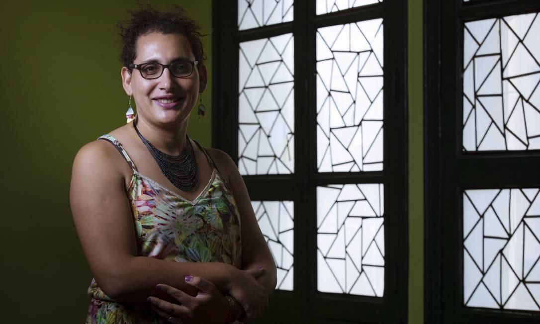 Maria Eduarda Aguiar da Silva, primeira advogada a incluir o nome social na carteira da OAB Foto: Leo Martins / Agência O Globo