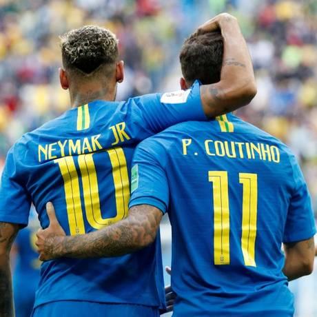 Neymar Jr. e Philippe Coutinho , a dupla conhecida por seu nome e sobrenome Foto: MAX ROSSI / REUTERS