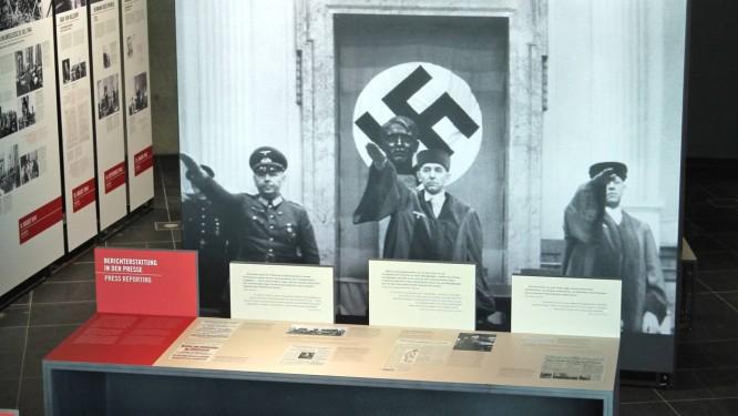 """Imagem da exposição sobre o """"tribunal popular"""", que mostra como condenações à morte eram feitas durante o nazismo Foto: KUvD/Stiftung Topographie des Terrors"""