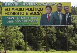 Outdoor de campanha do pré-candidato à Presidência Jair Bolsonaro Foto: Jorge William / Agência O Globo